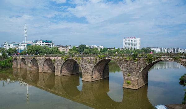屯溪老大桥(镇海桥)