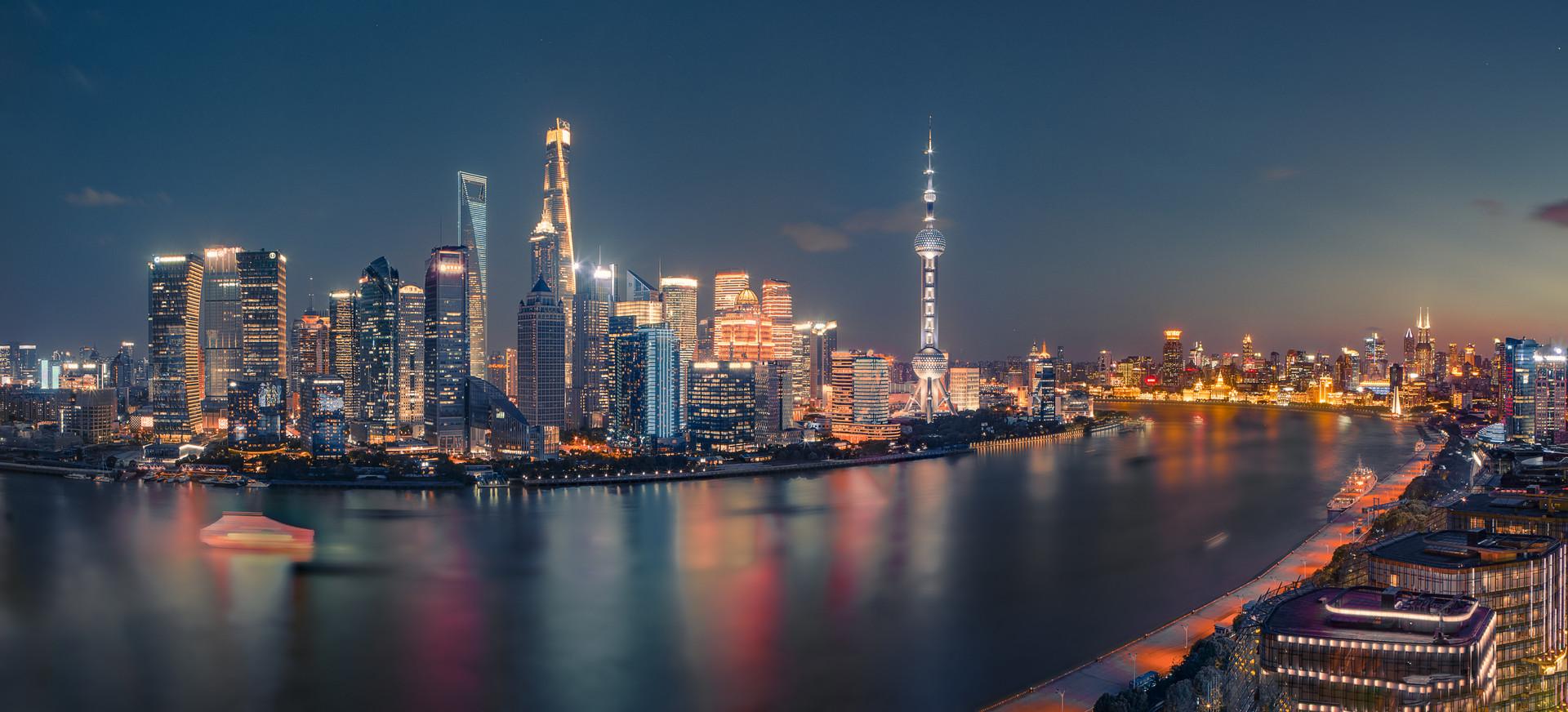 赴沪取经现代服务业:青岛跻身一流城市的通行证