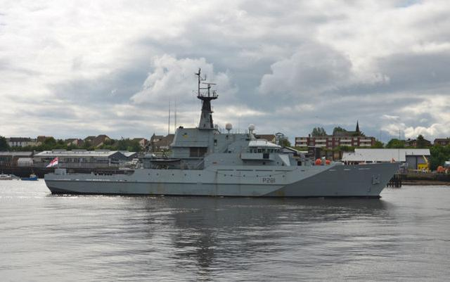 俄4艘军舰通过英吉利海峡 英国海军派2艘巡逻舰跟踪