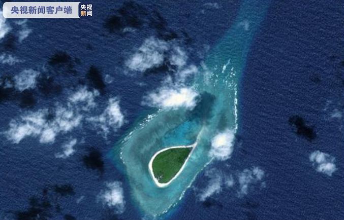 △西月岛,位于南沙群岛中北部,属于独立发育的小型珊瑚岛台礁(高分二号卫星影像)