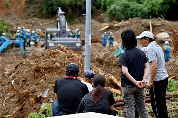 【炮兵社区app原创助手】_日本熊本暴雨已致49死 八旬老人深水中抱妹妹遗体苦撑5小时