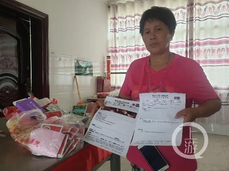 7月7日,江西南昌,受害男童张振伟的母亲刘荷花说,自从失去儿子后,自己身体每况愈下,目前已患上多种疾病。/记者 肖鹏