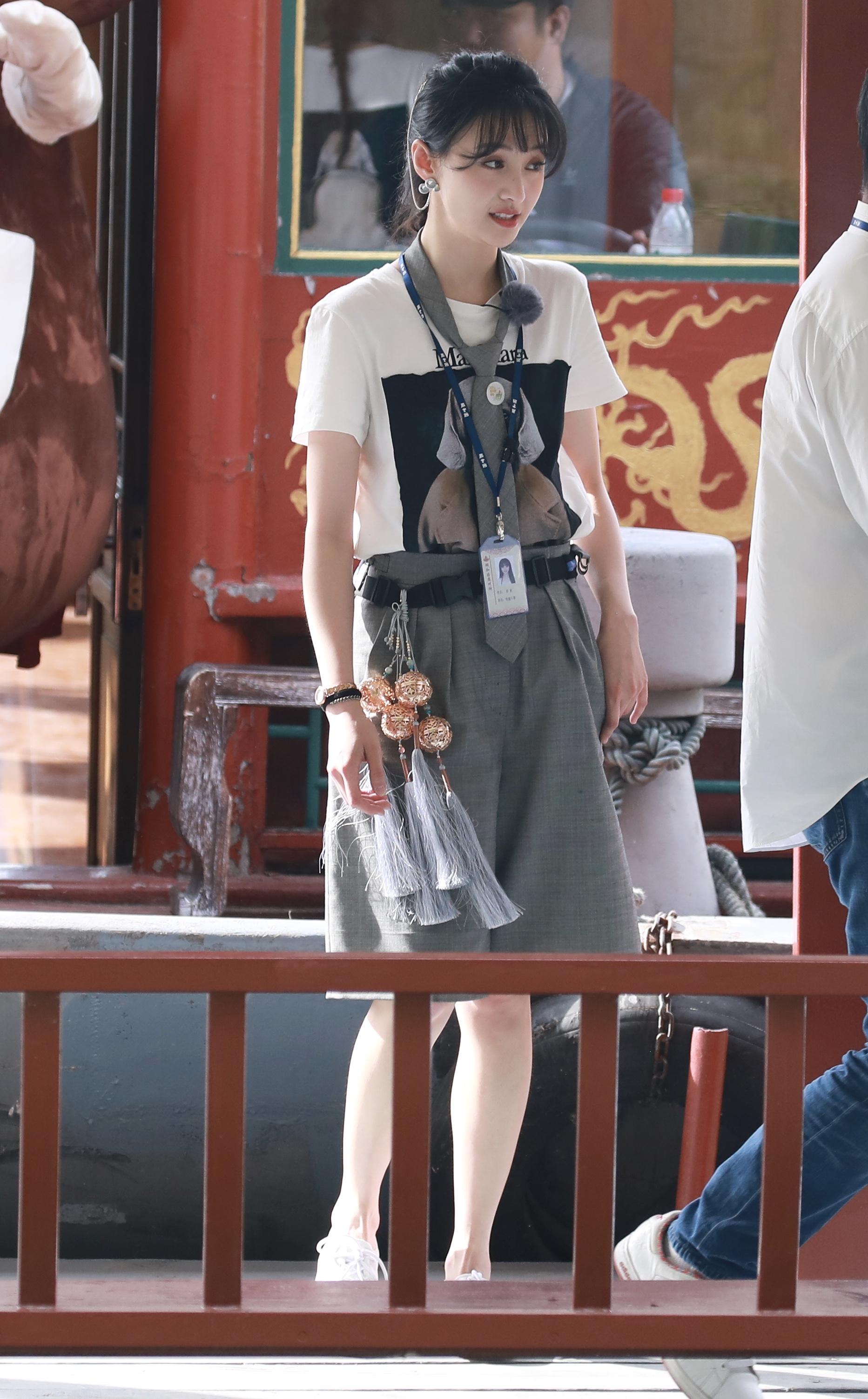 赵小棠郑爽都爱人的百慕大短裤 才是今夏的必穿着单品!