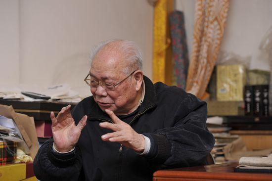 """106岁马识途封笔  《夜谭续记》献给""""夜谭文学""""首创韦君宜"""
