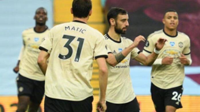 3-0!曼联仅用30分钟终结悬念,18岁天才破纪录,英超争3白热化