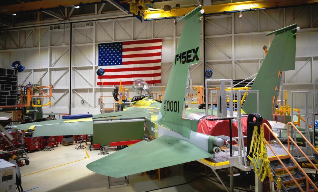 美军购买新款F15EX战机 最终总价或达230亿美元