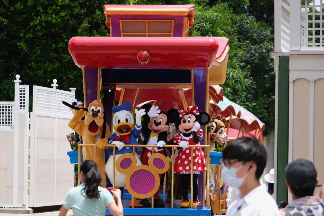 【百度搜索排行】_香港迪士尼再关闭:病毒传播率或已高于武汉封城前水平,情况有点失控
