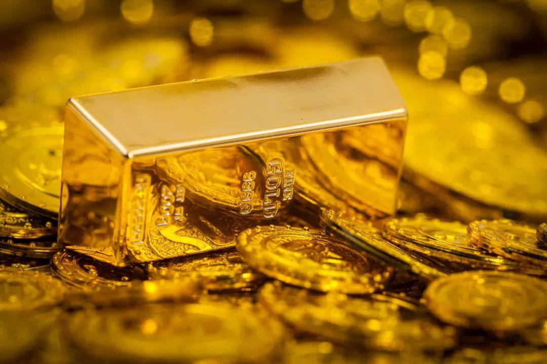 涨疯了!黄金、白银携手上热搜,金价创9年新高!中国大妈解套了