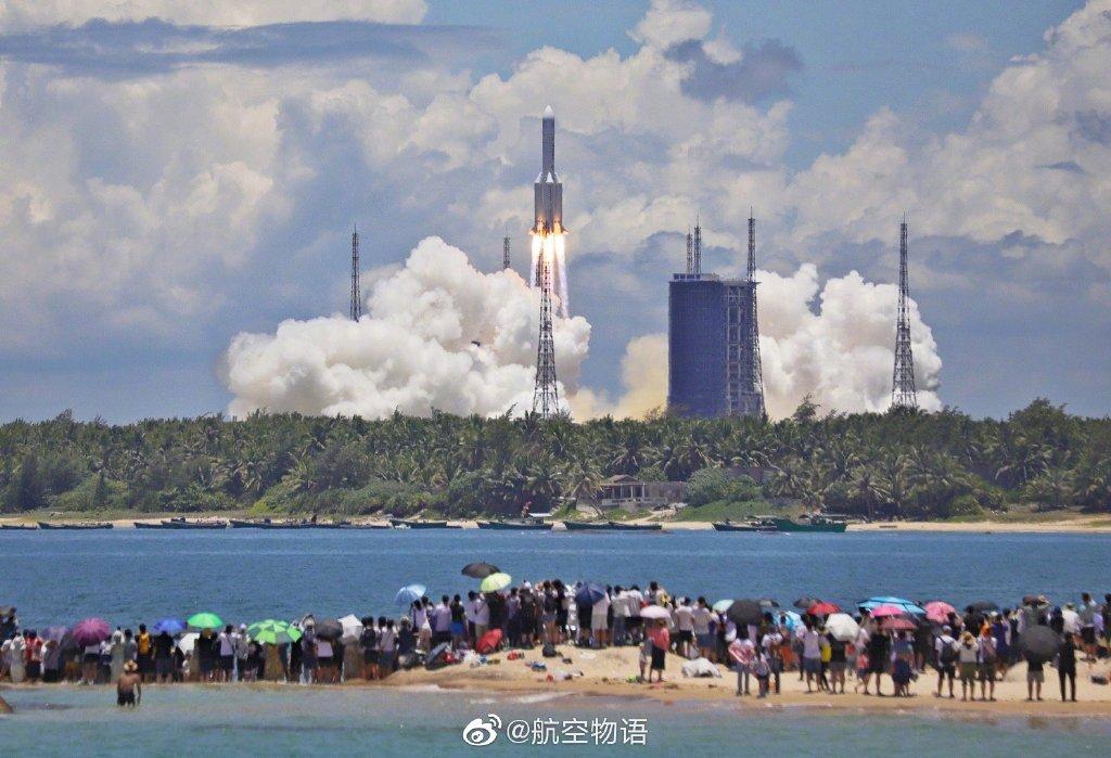 发射升空!火星,中国来了!