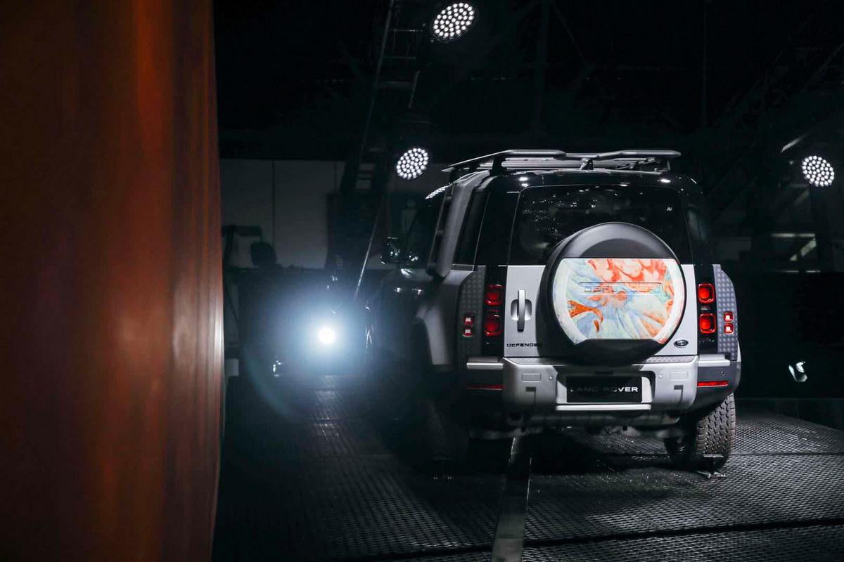 全新路虎卫士110系列正式上市 售价77.80-95.80万元