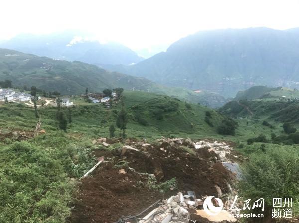 【关键词查询工具】_四川凉山布拖县发生滑坡 预警及时32户187人紧急转移