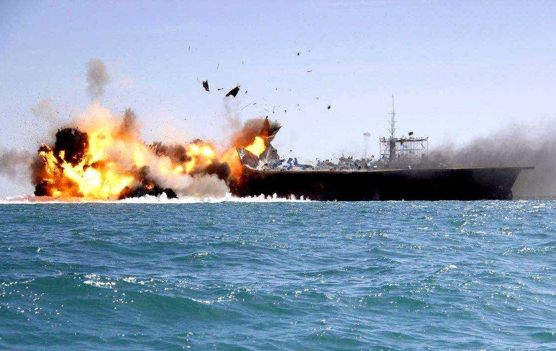 """伊朗为""""打航母""""做准备?  外媒:借此向美国示威"""