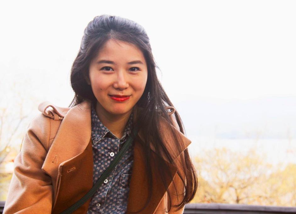 钟娜,小说《正常人》中文版译者