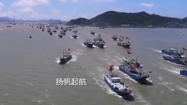 实拍:浙江舟山2198艘渔船出港捕鱼 场面壮观