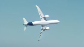 C919国产大飞机垂直地面试飞 网友:把客机飞成战斗机