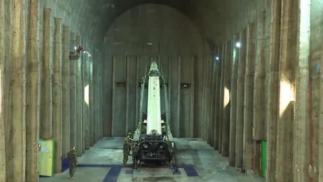伊朗地下导弹洞库