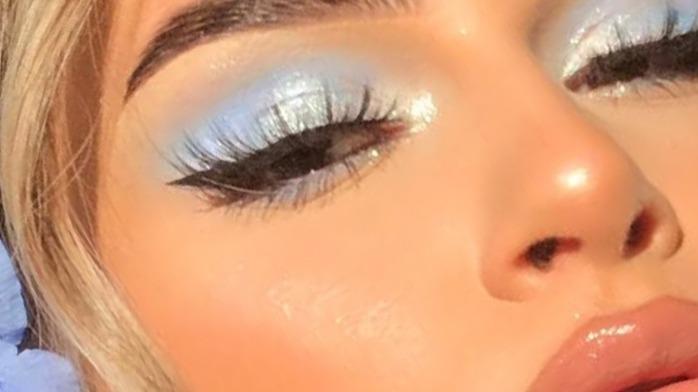 灵动可人的蓝色系妆,这个baby蓝一点都没有风尘感,超级可爱