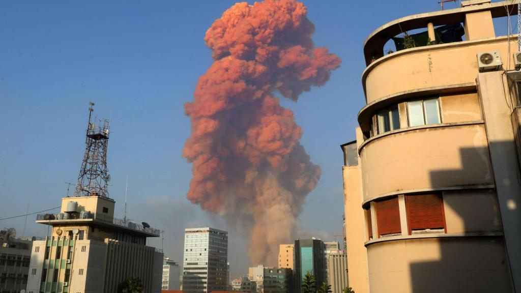 【聊聊币】_贝鲁特爆炸致至少78死4000伤 市长接受采访时痛哭