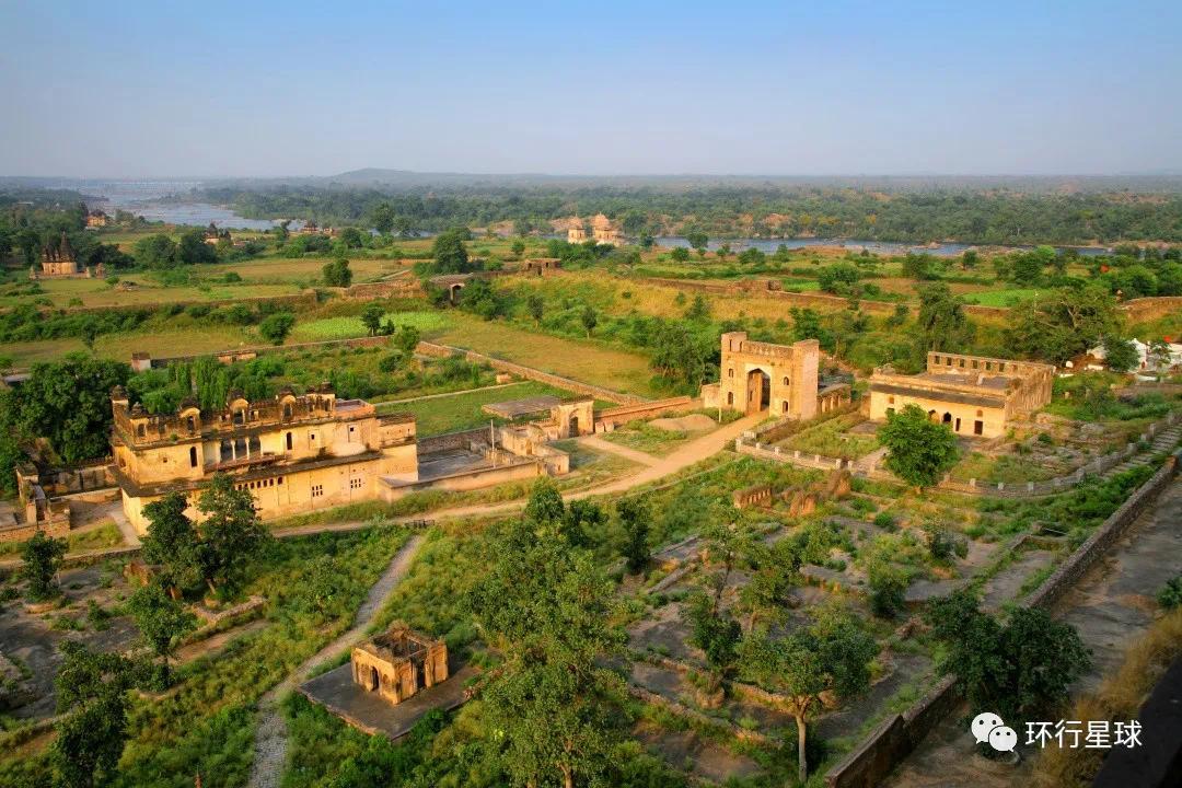 奥恰镇 © ImagesofIndia / Shutterstock