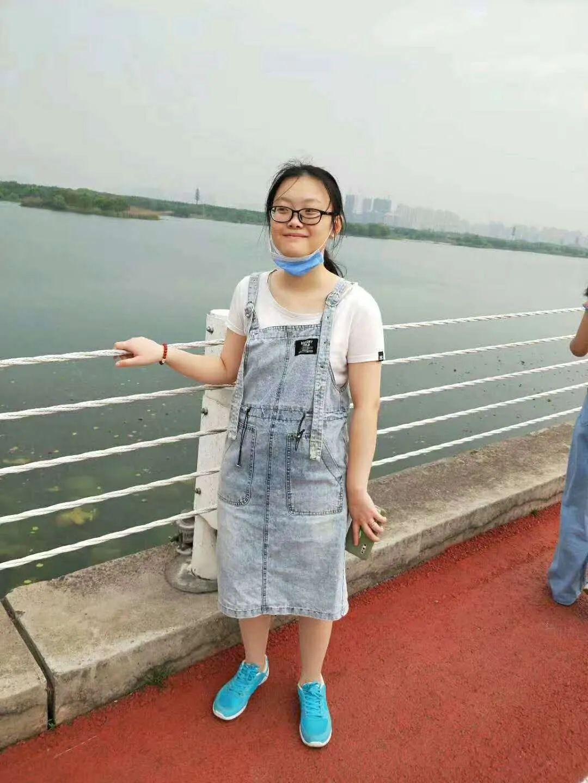 【竞争对手分析】_江苏一24岁女孩失联:智力稍有欠缺,小区监控未拍到
