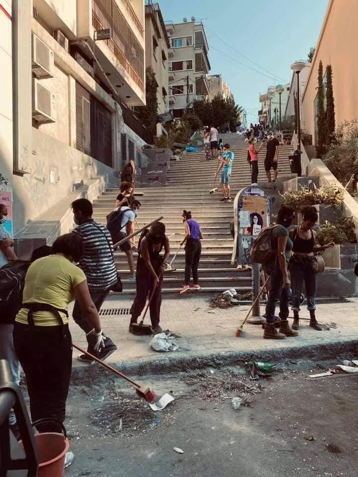 """黎巴嫩遭遇""""国难级""""大爆炸,罪魁祸首不只是俄罗斯货船"""