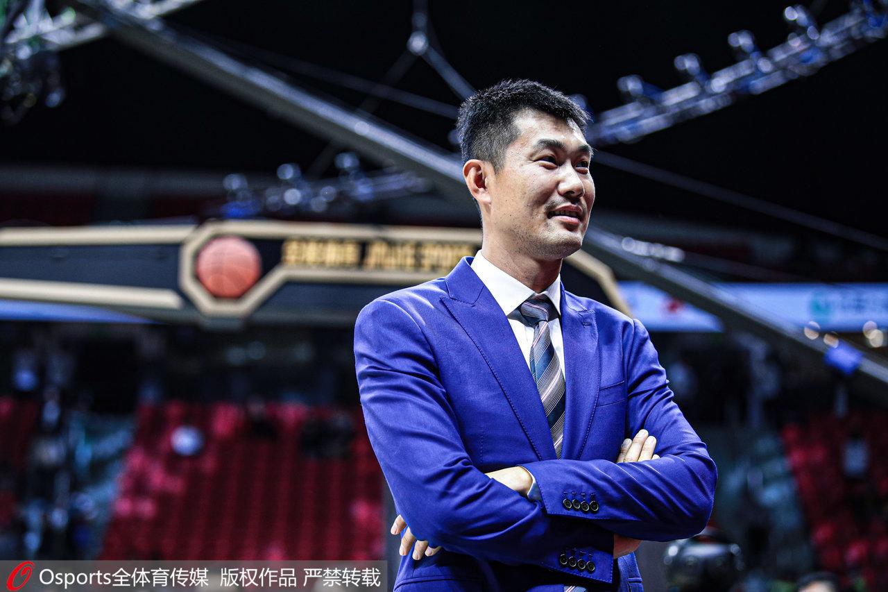 """王仕鹏的篮球""""下半场""""十分精彩。"""
