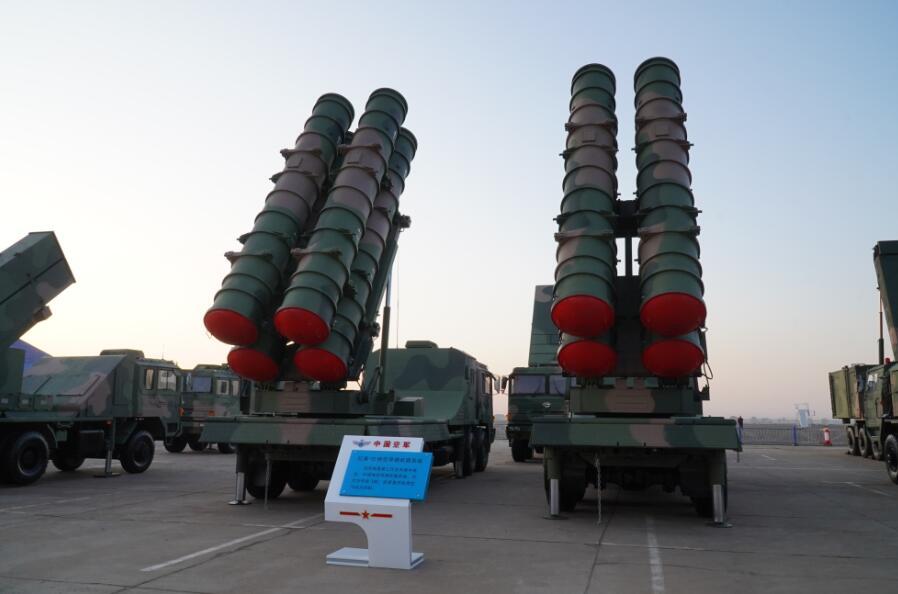 """""""红旗-22""""防空导弹"""