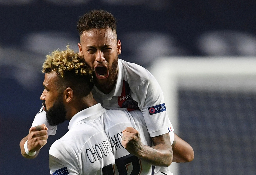 欧冠神奇绝杀!大巴黎2分钟连进2球 2-1逆转亚特兰大晋级
