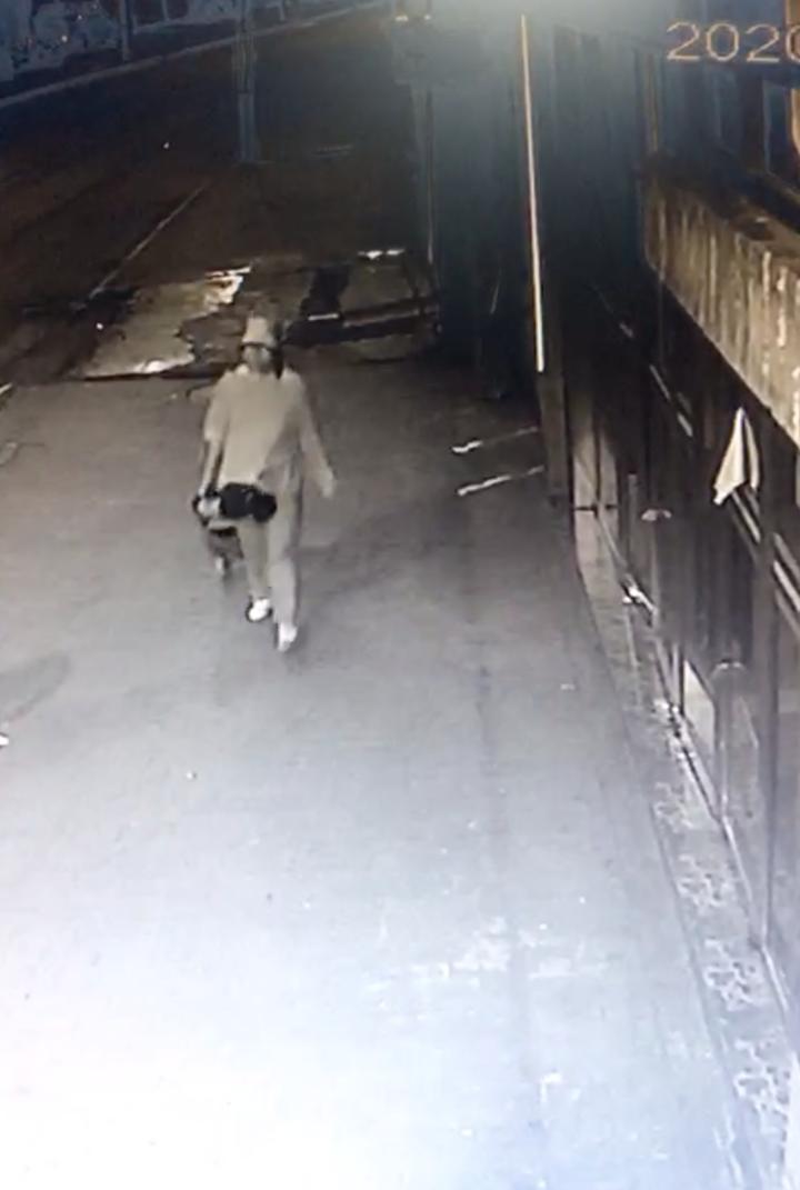 【上海快猫网址】_33岁孕妇离家失踪50余天:已怀孕9个月 曾称活得像狗