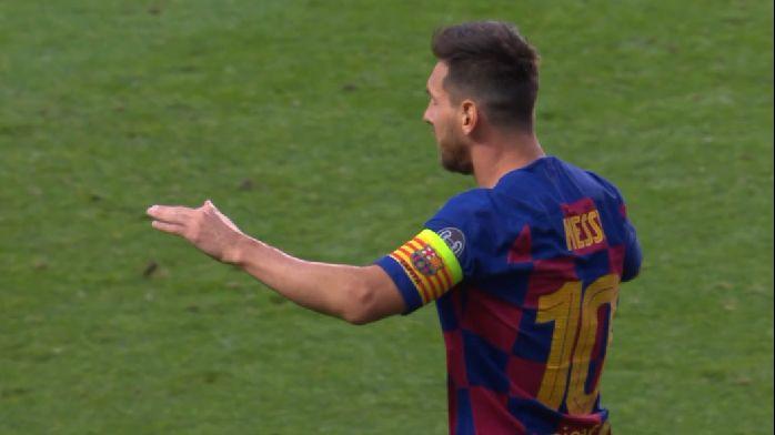 GIF:太刺激了!梅西右路似传似射击中球门远端立柱
