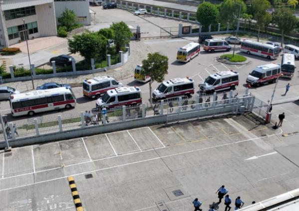 【桂林网站排名】_港媒:百名港警搜查壹传媒总部大楼 集团通知不上班