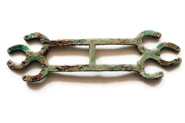 高陵出土铜饰件