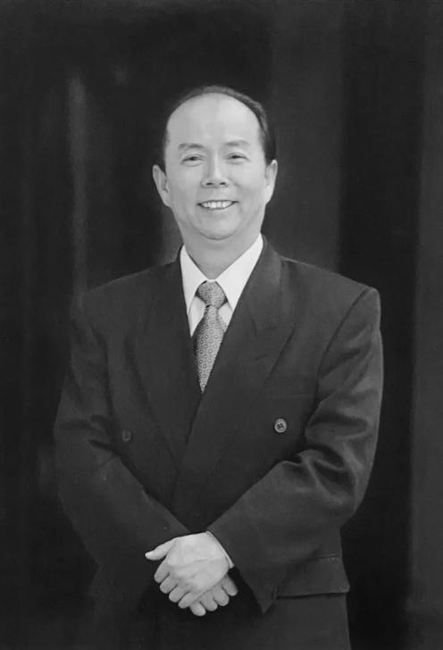 【黄骅草视频】_江南造船原董事长陈金海逝世,曾领导新型驱逐舰潜艇研制