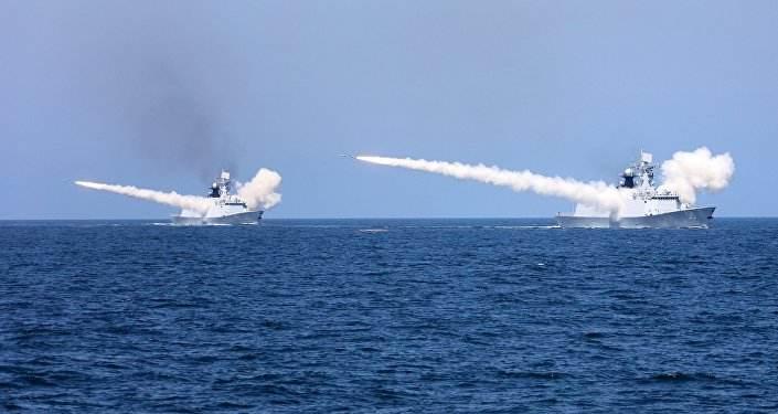 解放军实战化演练震动岛内 台军退役中将:展现锁岛能力