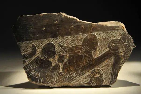 画像石中的羽人与神兽形象
