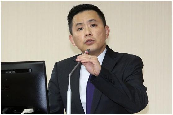 """国民党""""立委""""警告蔡英文:两岸打起来台湾会输光"""