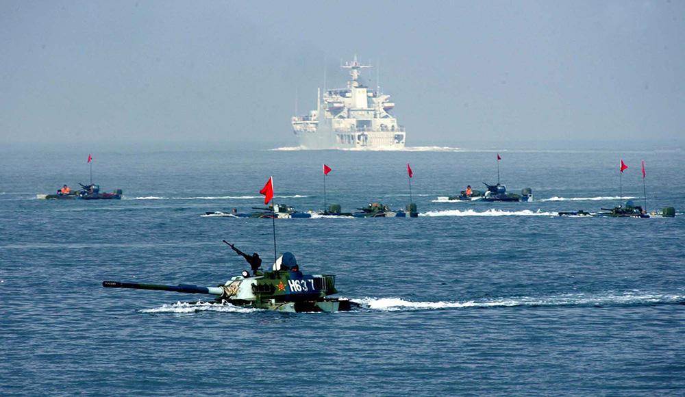 专家:解放军多次演练近海阻滞美军 中远海还需加强力度