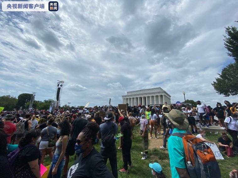 """【冯一非】_华盛顿爆发大游行 数万民众抗议""""美国噩梦"""""""