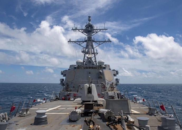 美舰巡航西沙海域 港媒:显然是回应解放军向南海发射导弹