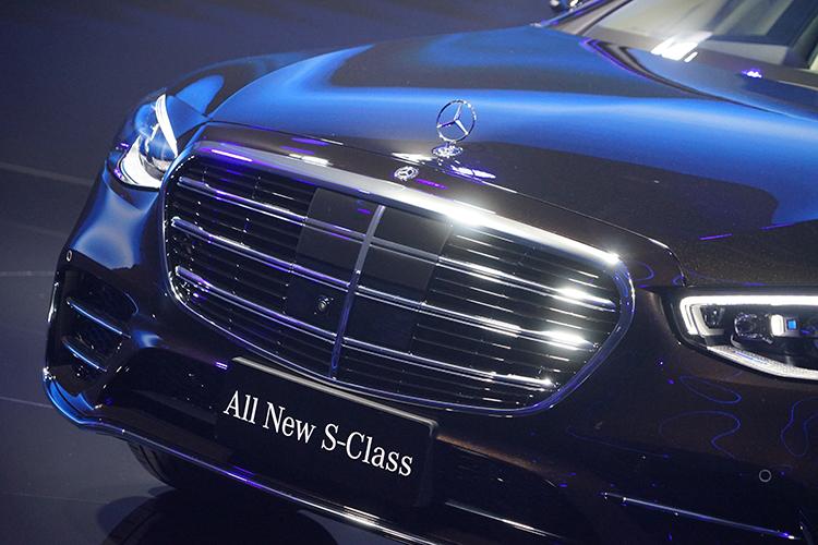 奔驰全新一代S级正式发布现场车型多图实拍