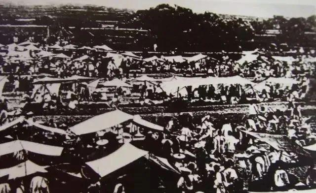 民国早期的李村大集 图片来源:青岛档案馆