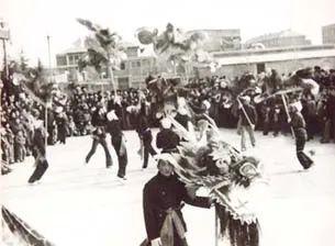 上世纪即墨九狮舞 图片来源:青岛档案馆