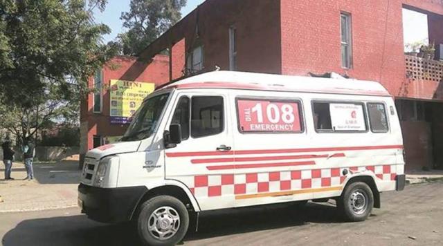 【迪士尼国际app】_印度19岁少女确诊新冠,送医时竟遭救护车司机强奸