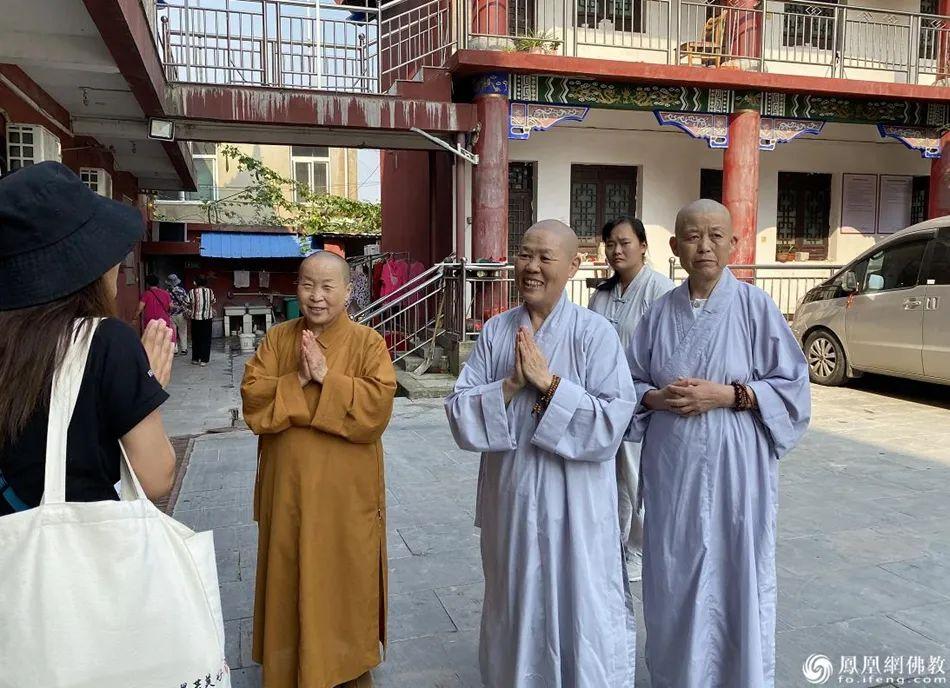定光寺的三位常住比丘尼