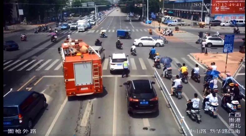 【百度搜索排行榜】_广西贵港两辆私家车因不礼让消防车,被处罚