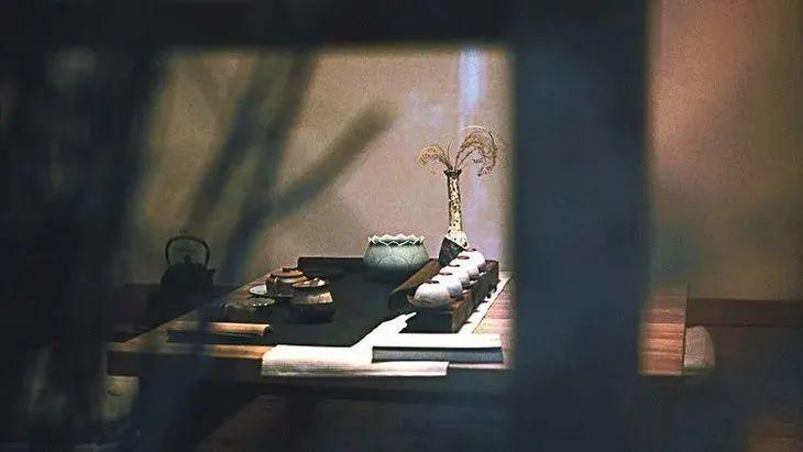 它和四大名著同樣優秀,林語堂一生力薦,王家衛睡前必讀鳳凰網凰家尚品