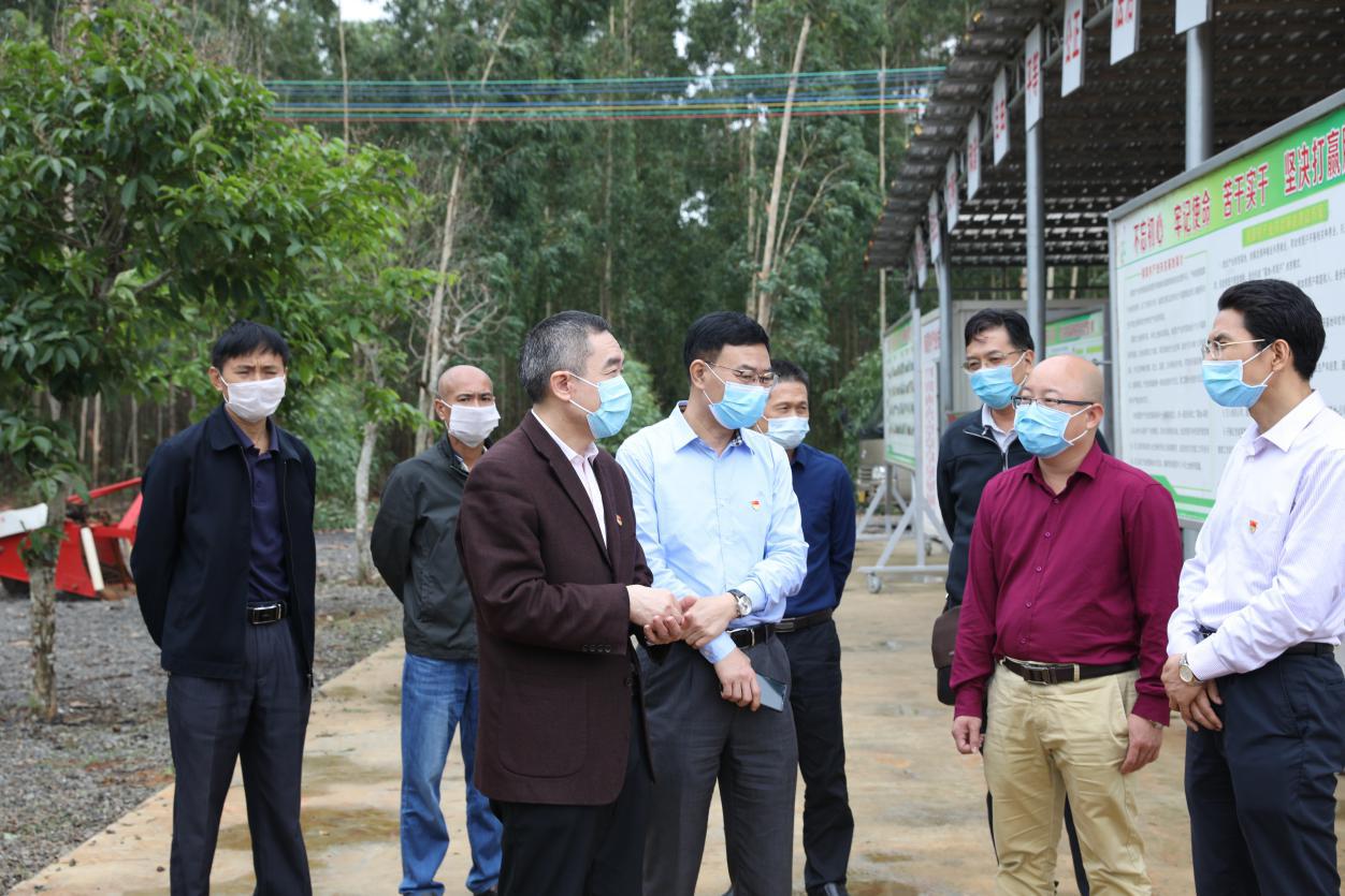 广东海洋大学党委书记曹俊明率队到南夏村调研指导产业发展