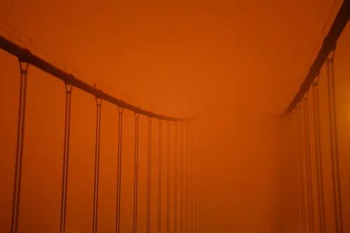 """【建网站的步骤】_山火遮天蔽日 加州正午""""烧""""成昏夜"""