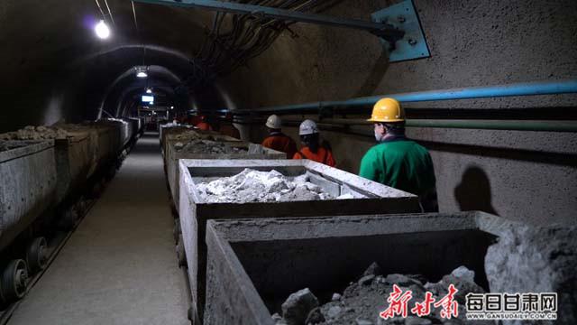 千米井下运输采矿石