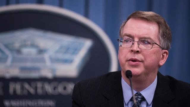 美国防部副部长:加紧研制智能中程导弹